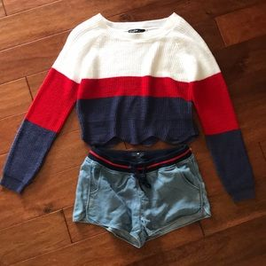 Red white & blue sweater ❤️💙